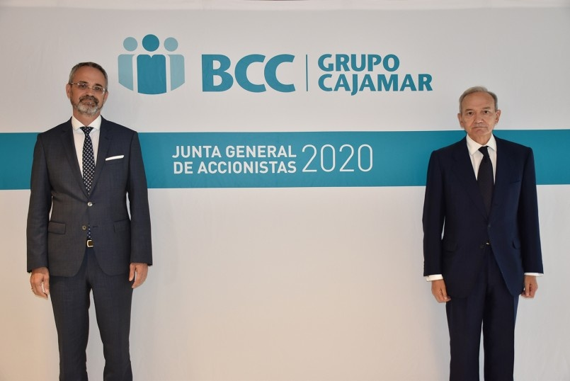 In the image the president of BCC-Grupo Cajamar (on the right) and the CEO of BCC-Grupo Cajamar (on the left)